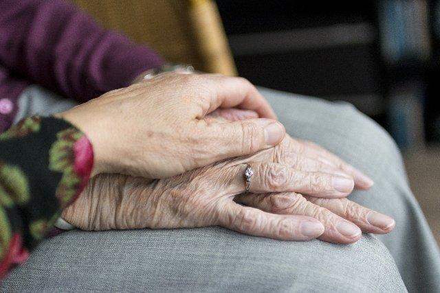 senior drug free pain management